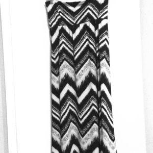 Faith and Joy 3X wideband black & white maxi skirt